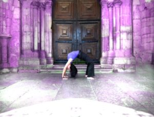 UK: Gentle Yoga Morning with Carly Taylor