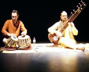 Brasil: Workshop de Raga -Tala - A melodia e os ciclos rítmicos da Índia com Krucis e Edgard Silva