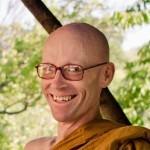 Portugal: Ajahn Chandapalo Monge Budista Theravada na União Budista Portuguesa