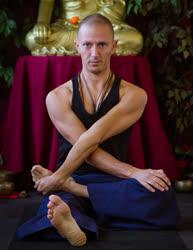 Portugal: Yoga Tibetano – Técnicas Para Aumentar a Energia Vital – GOMPA – Porto
