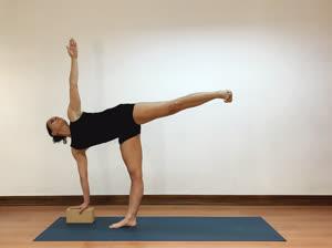Portugal: Yoga no Ciclo Menstrual – c/ Sofia Nunes