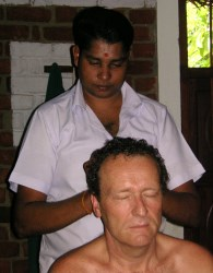 Portugal: WORKSHOP DE AYURVEDA – Indian Head Massage c/ Carla Shakti