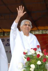 Portugal: Dadi Janki, Diretora da Brahma Kumaris, um verdadeiro exemplo de uma líder espiritual, faleceu hoje aos 104 anos